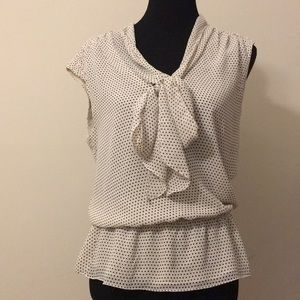 Max edition size m sleeveless blouse